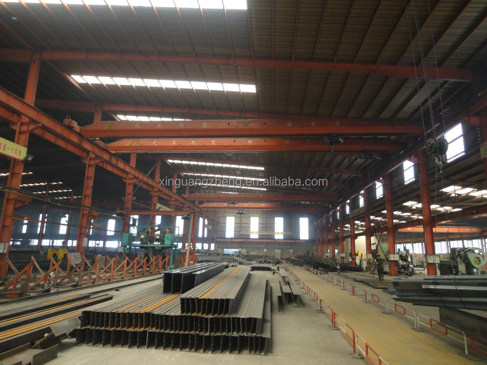 Prefabricated Steel Structure Workshop with Crane