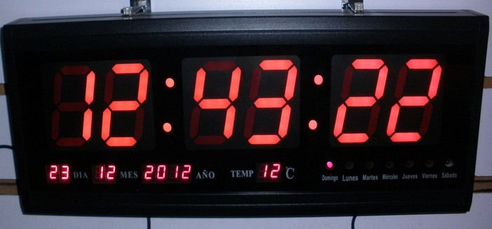 Product Photos 3 Red Green Blue Digital Led Wall Clock