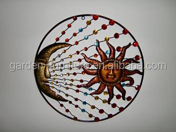 Forg pendaison de fer soleil et la lune visage artisanat for Soleil decoratif mural