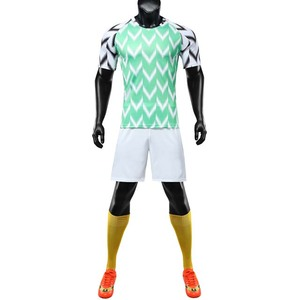 Custom new design green and white football jerseys cheap soccer uniforms for men sports wear factory