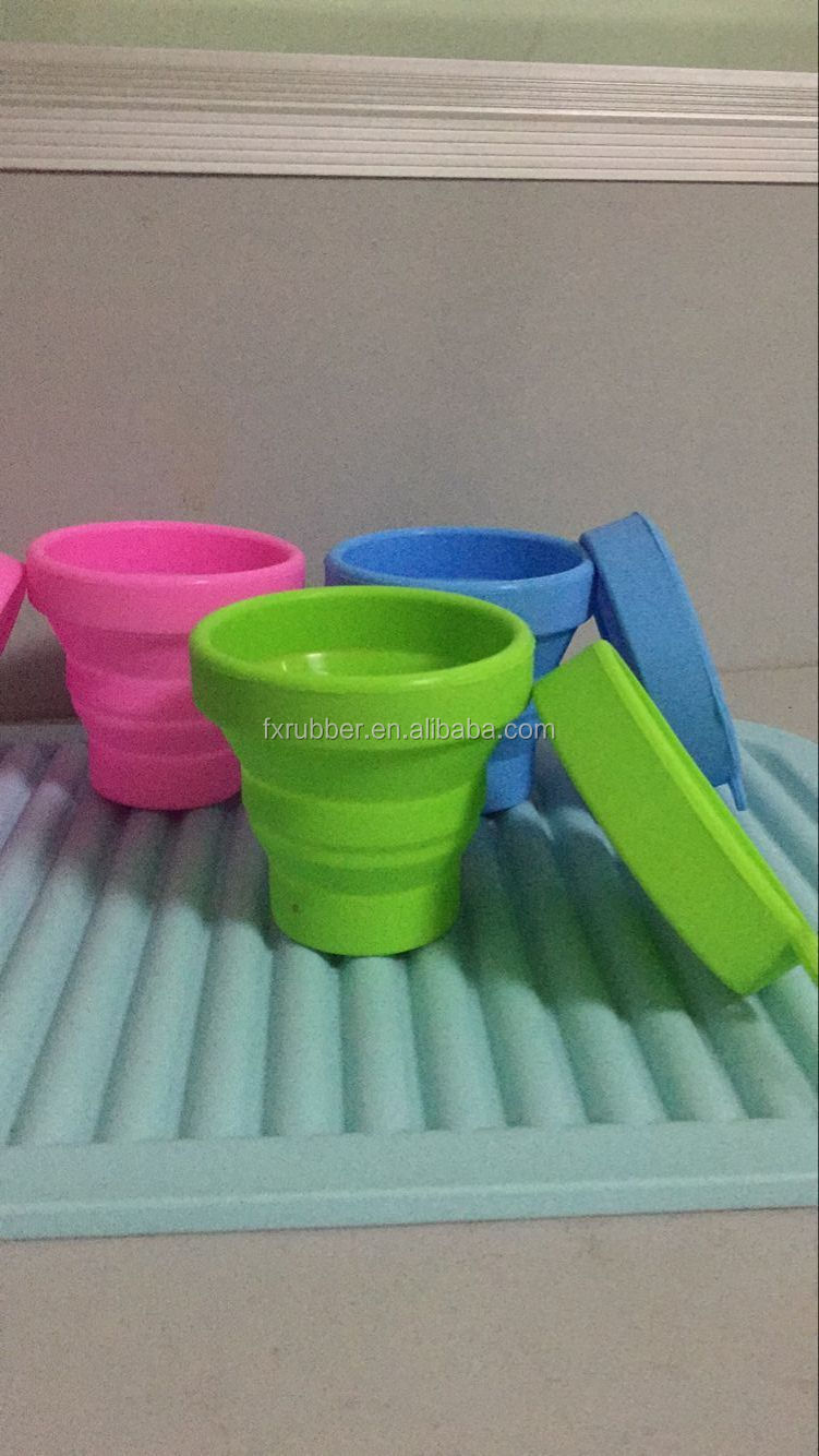 wholesale 170ml travel <strong>cup</strong> FDA Standard portable collapsible Foldable Silicone Travle <strong>Cup</strong> With Lips