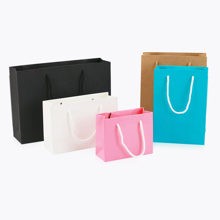 papel carry bag / paperbags decorativos / design saco de papel