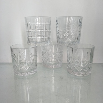 Different Embossed Shape Crystal Whiskey Glass with Old Fasion Style for Bar and Party Use