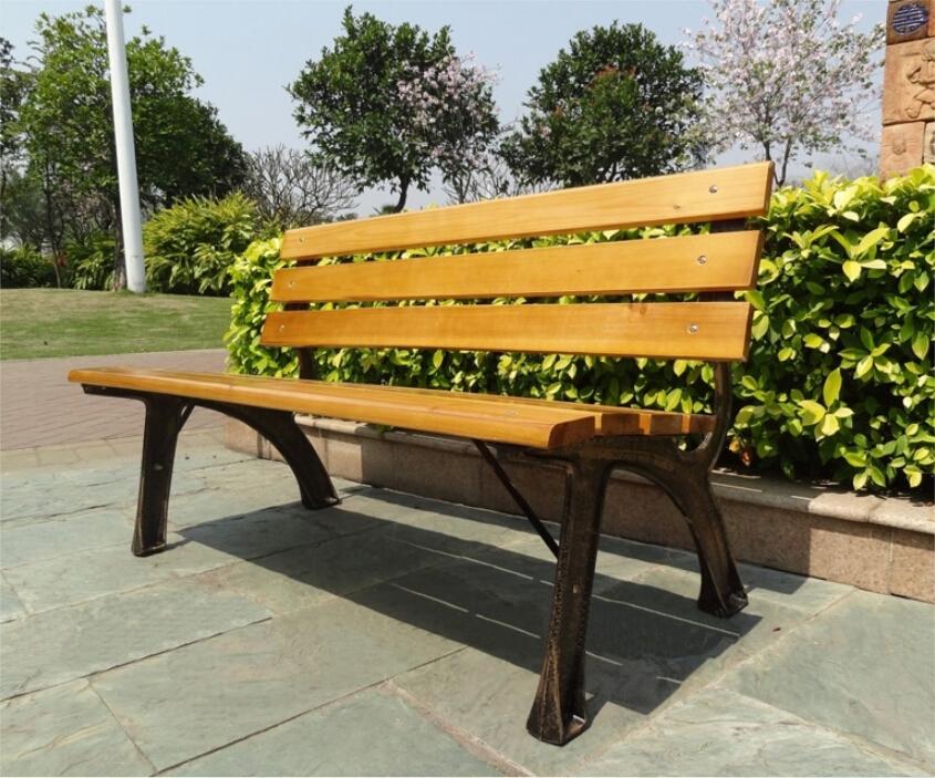 Estrutura de ferro fundido pe as de madeira do banco for Mobilia outdoor furniture