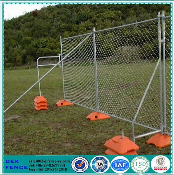 Plastic easy fence panel temporary removable fence post