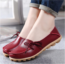 Women genuine leather casual round toe loafers flats shoes moccasins wild breathable driving shoes
