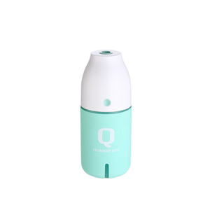 Wholesale Portable Bottle Shaped CE Mini Usb Air Humidifier for Home and Car Aroma Diffuser