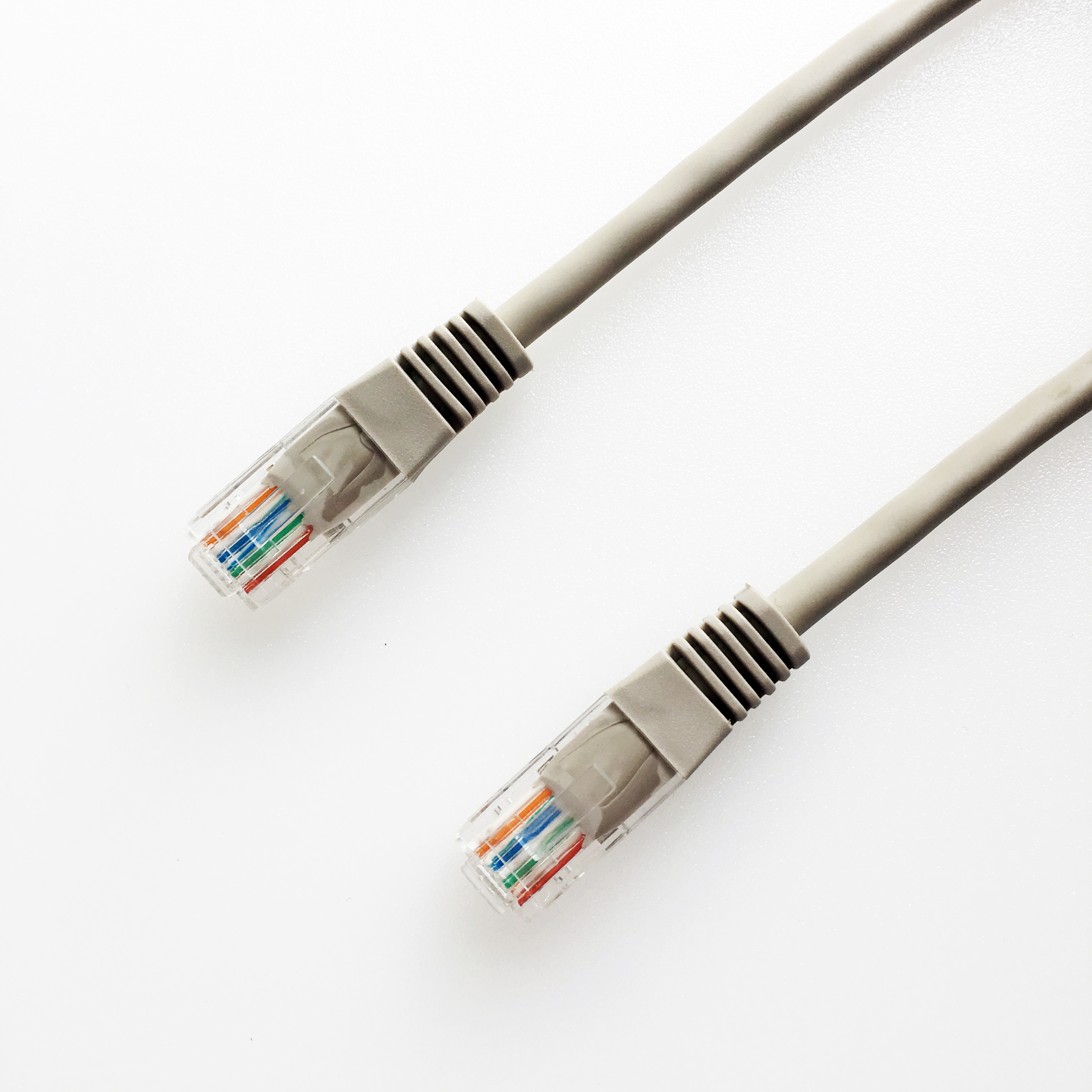 Advanced Cable Technology 1.0/ m CAT5E UTP Patch Cable/  RJ-45, Male//Male, Gold, 10//100//1000Base-T , Cat5e x / RJ-45/ Network Cable