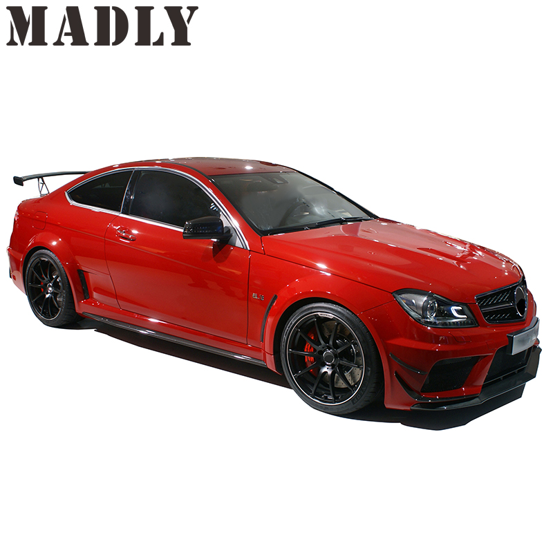 Madly GAF w204 c63 carrosseriekit c63 black series carrosseriekit Stijl PD