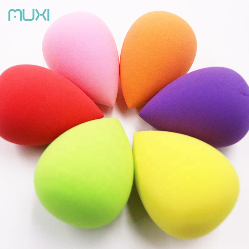 40*60 mm Latex Free Teardrop Shape Cosmetic Powder puff With PVC Case