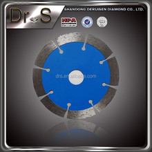 The diamond saw blade of asphalt concrete pavement 400 mm high tooth cutting