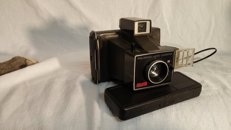 Vintage 1970's Polaroid Land Camera Square Shooter