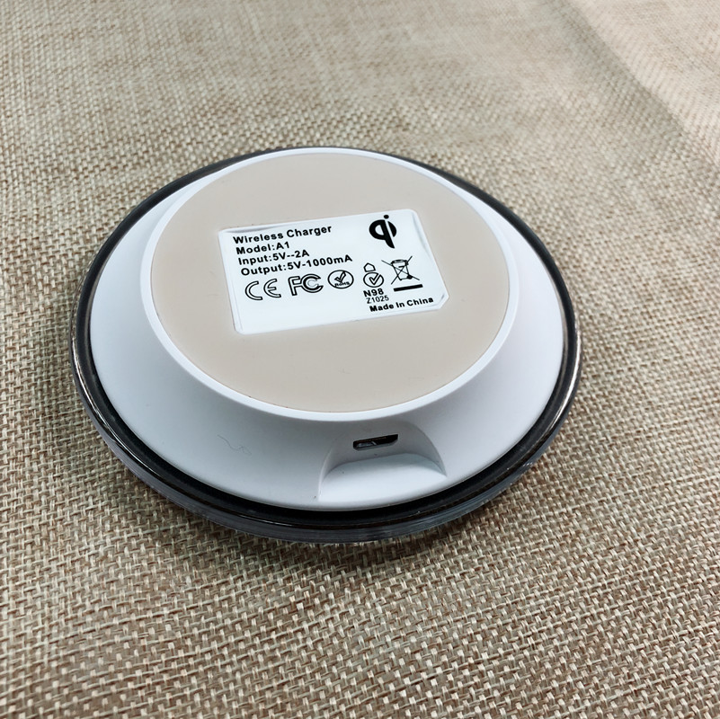 Commercio all'ingrosso Qi Ricarica Wireless fast charger per Samsung s7 per Iphone