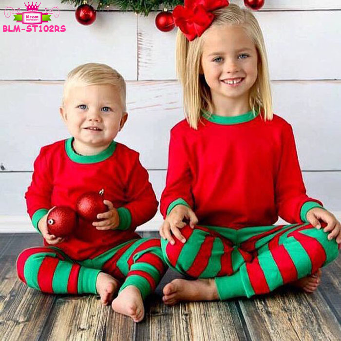 Sister   Brother Matching Sets Family Christmas Pajamas Wholesale Kids  Children Red and Green Striped Christmas Pajamas dfaf3db1ce33