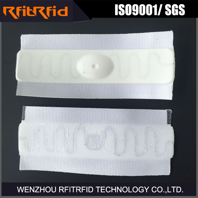 UHF reusable waterproof fabric siliconeRFID laundry tag for high temperature