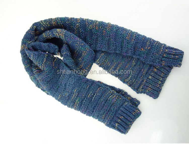 Custom wholesale long service life custom cheap knitted soccer style scarf