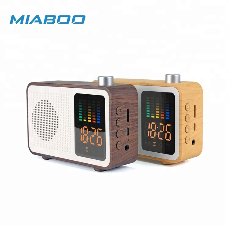 Classic Wooden Wireless Mini Speaker With FM RADIO and SPECTRUM CLOCK AM AUX and TF card