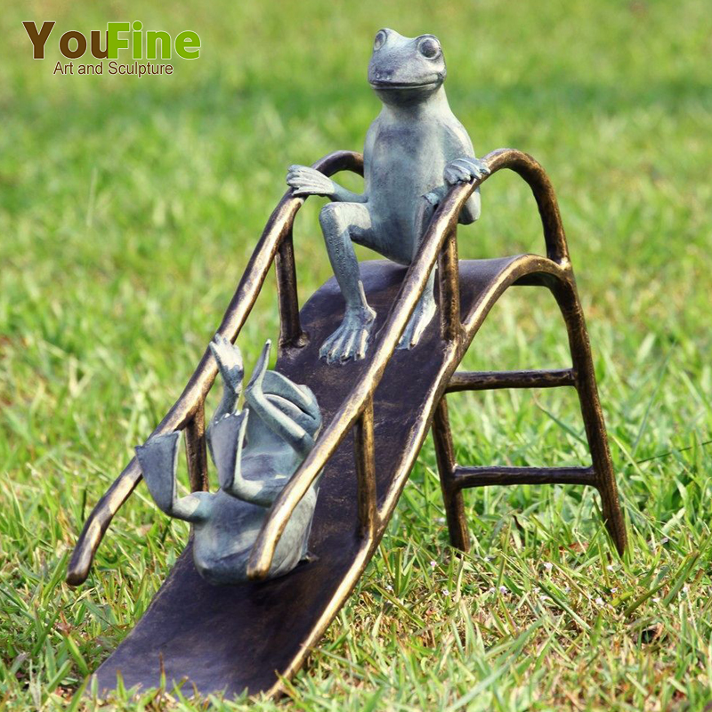 Cartoon Character Figurine Garden Patina Bronze Frog Sculpture