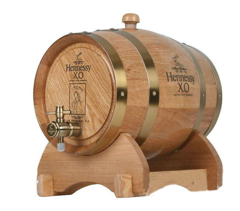 Barriles de madera para el vino toneles baldes y barriles for Barriles de madera bar
