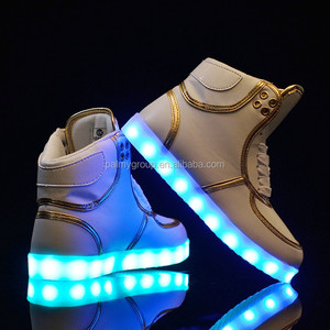 LOW MOQ OEM LED Shoes customize women men luminous led light shoes , adult led light up