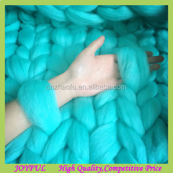 Wholesale 100% wool thick yarn chunky knit blanket