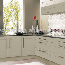 Shaker white pvc kitchen cabinets with kitchen aluminium profile handle designs