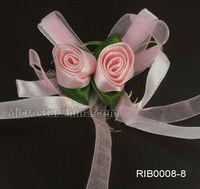 Make silk ribbon flowers