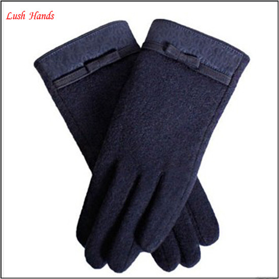 Spring gloves touch screen leather with bowknot