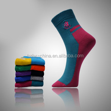 China socks factory cotton sports custom logo dress men socks