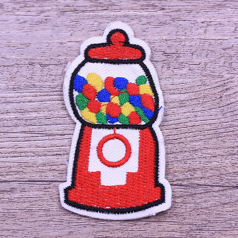 Newest product embroidery patches made by machine