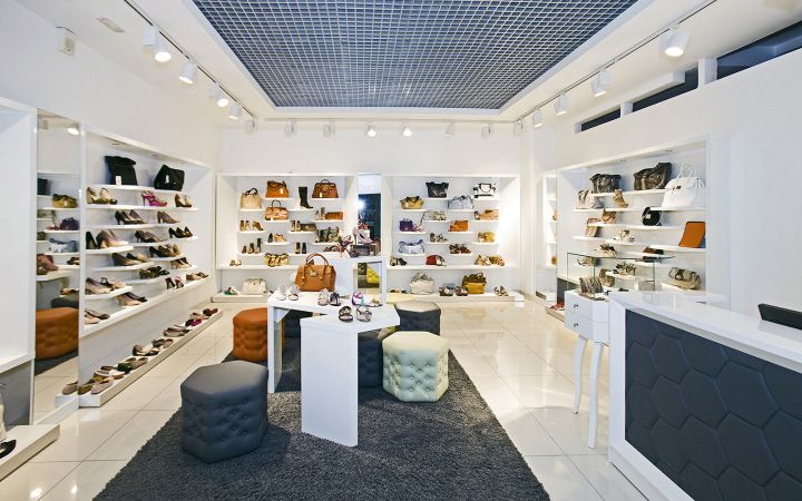 SHOES-RU-concept-store-by-A-D-design-Vladimir-Russia-01.jpg