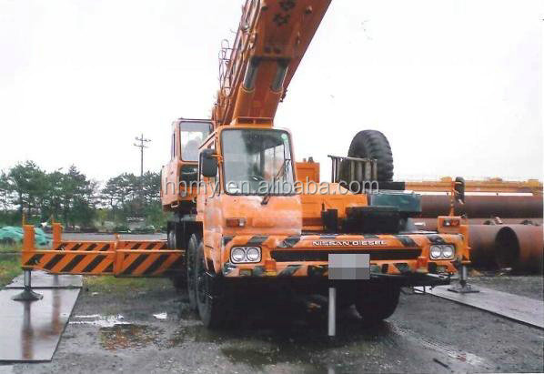 used kato NK -1000 100tons truck crane with good condition fob for sale
