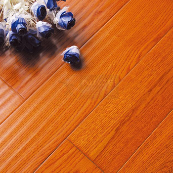 Top Quality Multilayer Oak Wood Flooring Engineered UV Lacquered