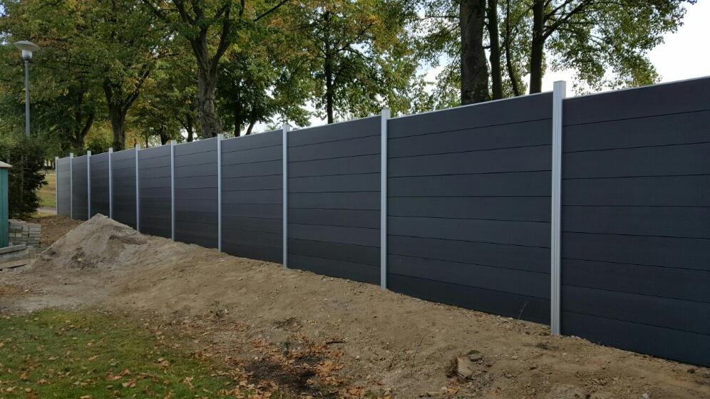 aluminium frame wood plastic composite fence garden. Black Bedroom Furniture Sets. Home Design Ideas