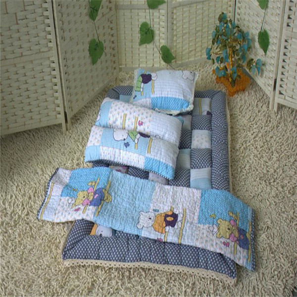 Wholesale hotel anti-microbial Printing patchwork baby quilt