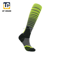 compression sport man knee high sock manufacturer