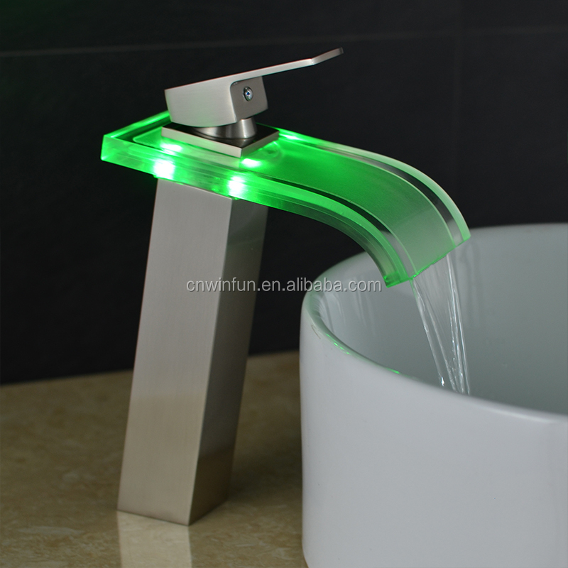 Factory Price Solid Brass Waterfall 3 Color Basin Tap Led Faucet