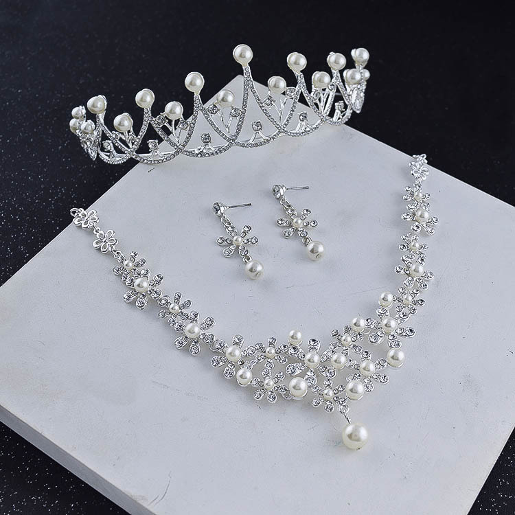 Exquisite silver pendant pearl crown jewelry with flowers for bridal