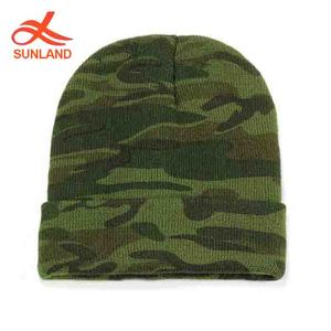 aa67c47220abc F4380 new fashion 2019 winter knitted ski baggy beanie caps wholesale green  color camo hat for