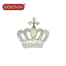 Queen's pearl and rhinestone brooches for women wedding dresses