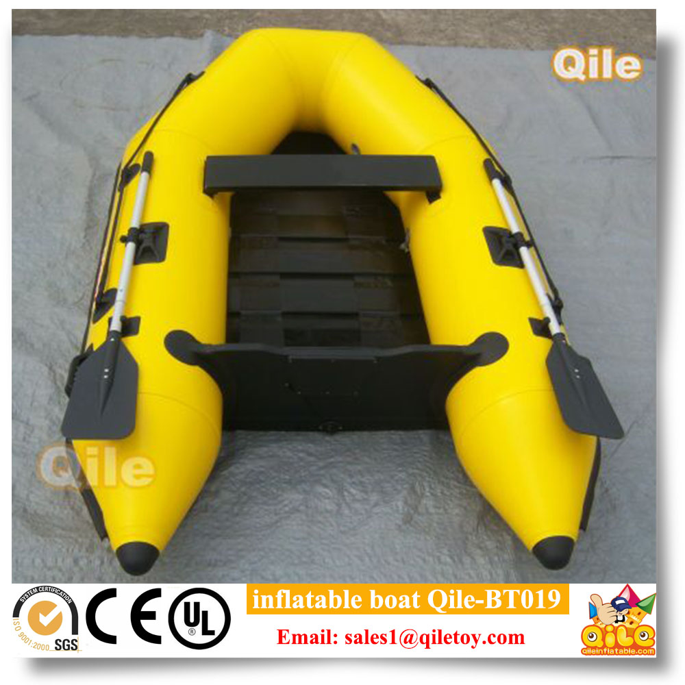2017 Bouncia Durable Inflatable Water Banana Boat For Sale