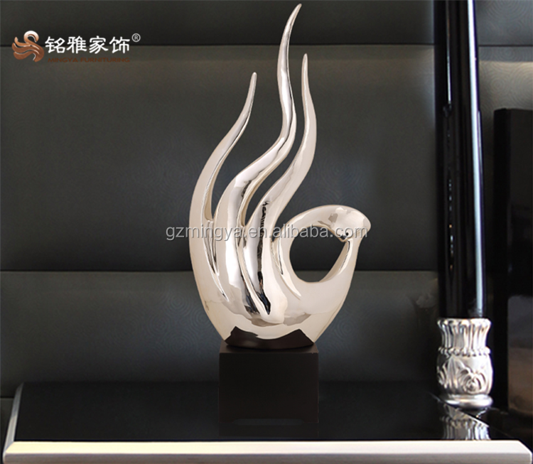 Chinese enjoy high reputation at home and abroad custom home decor resin figurines