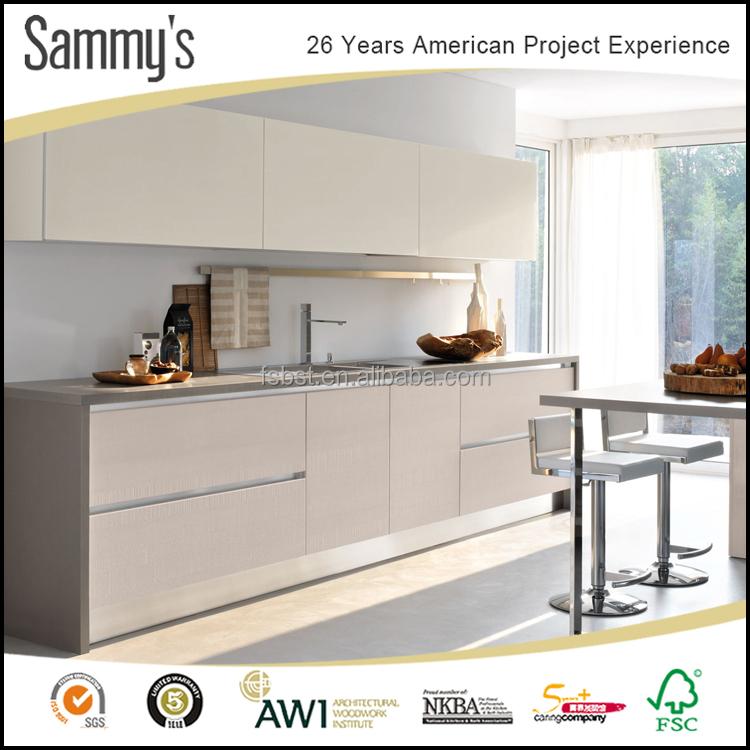 Design keuken kleine ruimte verbouwen huis - Keuken klein ontwerp ruimte ...