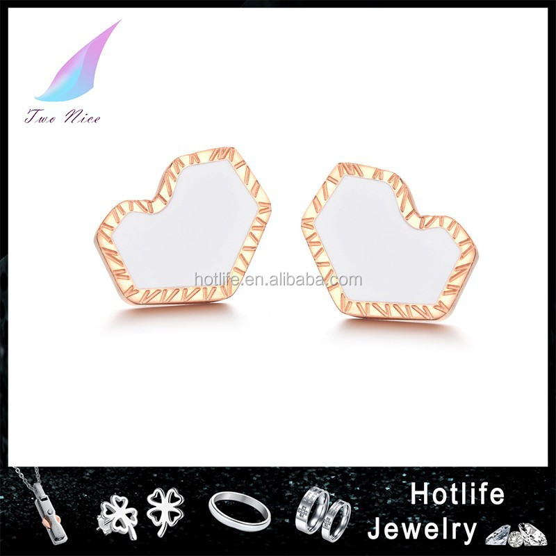 heart shape 2015 new model gold earrings for girls/engagement