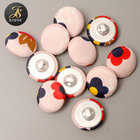 Free sample flower cotton fabric covered button for garments