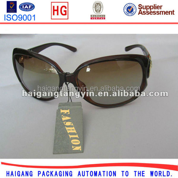 sunglasses string price label hang tag