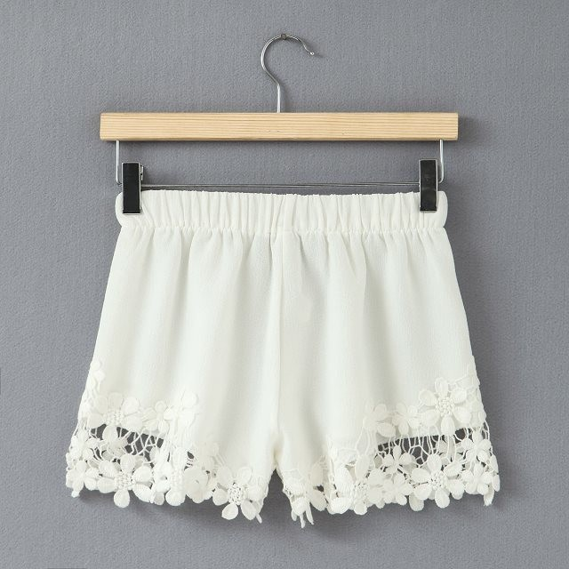 2015 New Woman Shorts Fashion Cotton Crochet Chiffion Lining Mini Lace Tiered Shorts S M L XL Hot Selling