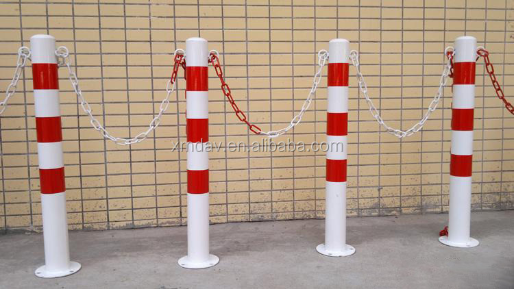 Traffic Safety Black Delineator Concrete Bollards