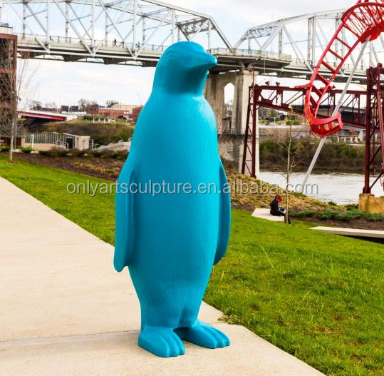 Hot sale fiberglass life size penguin statue for christmas party wedding decoration
