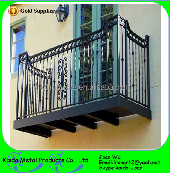 Small Exterior Wrought Iron Balcony Railings Design